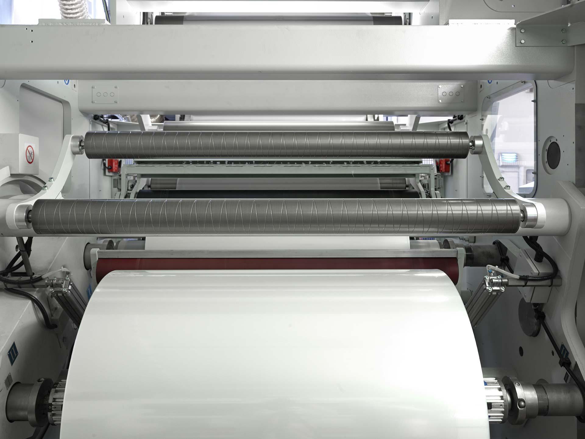 Accoppiamento materiale plastico con e senza solvente | Laminati Cavanna