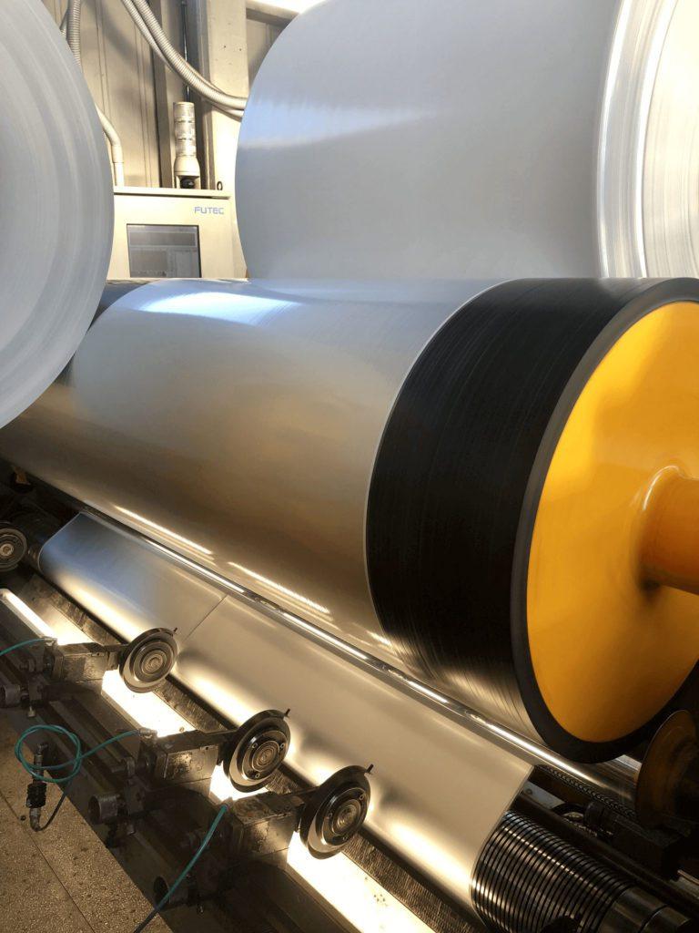 Taglio bobine materiale plastico | Laminati Cavanna